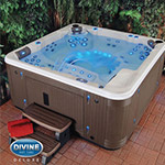 Divine Hot Tubs Deluxe Ultra Massage 115 Jet 7 Person Spa