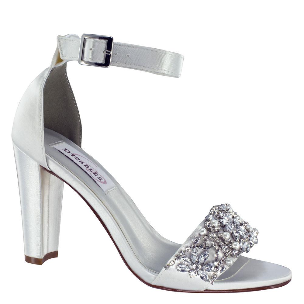 Dyeables Felicity Women's White Sandal 7 M