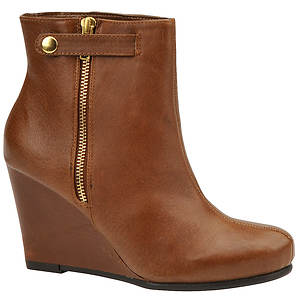 Chinese Laundry Women's Very Best Boot