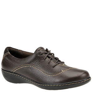 Clarks Women's Ashland Brook Oxford