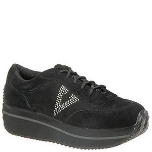 Volatile Women's Expulsion Sneaker
