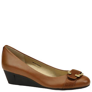 Bandolino Women's Jobey Pump