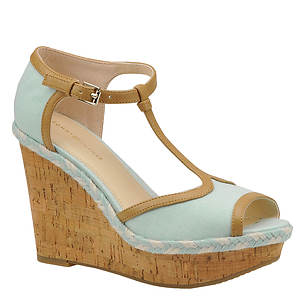 Tommy Hilfiger Women's Veanna Sandal