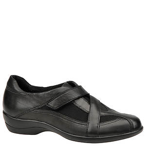 Clarks Women's Showstopper Slip-On