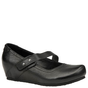 OTBT Women's Salem Slip-On
