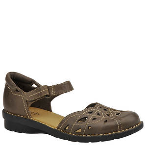 Clarks Women's Nikki Tempo Slip On