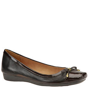Naturalizer Women's Vision Flat