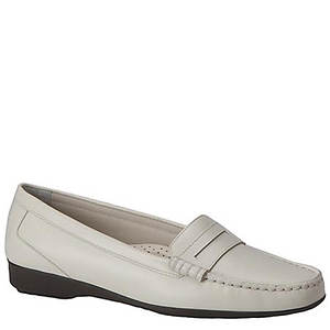 Auditions Women's Traveler Loafer