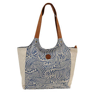 Roxy Lively Heart Tote Bag