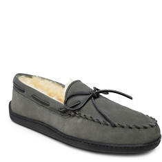 Minnetonka Sheepskin Hardsole Moccasin (Men's)