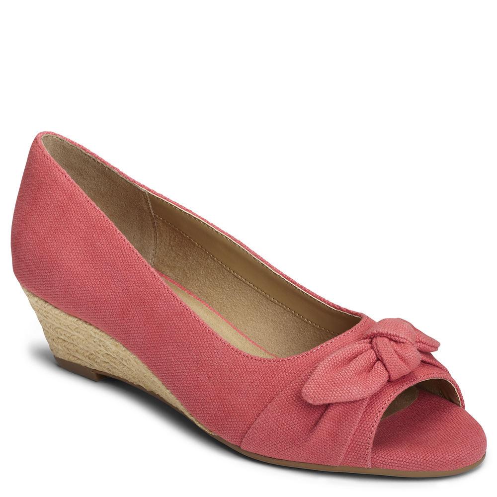 1940s Womens Shoe Styles Aerosoles Ship Deck Womens $69.95 AT vintagedancer.com