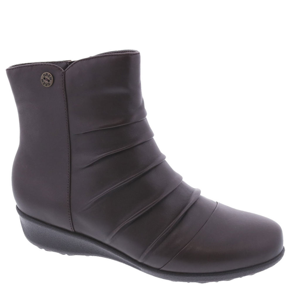 *Don\\\'t sweat the small stuff and stay comfortable with this casual boot *Leather upper *Two removable footbeds accommodate prescription orthotics *Firm heel counter *Tempered steel shank *1-1/4\\\