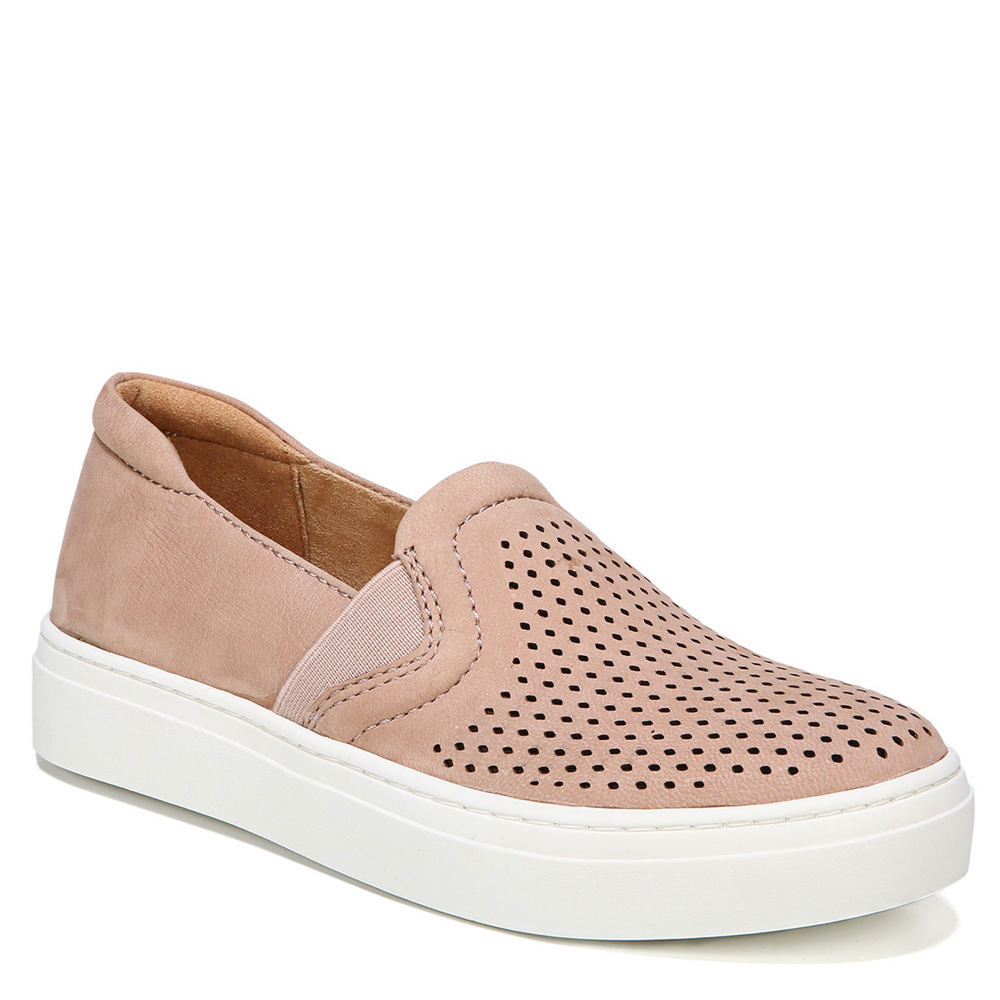 Naturalizer Carly Sneaker