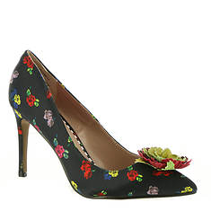 Betsey Johnson Kamile (Women's)