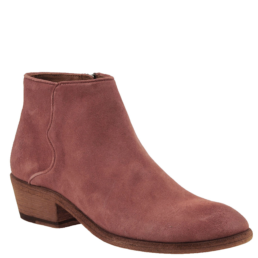 *This chic ankle boot features an artistic piping detail *Leather upper with piping accent *Inside zipper closure *Lightly cushioned footbed *1\