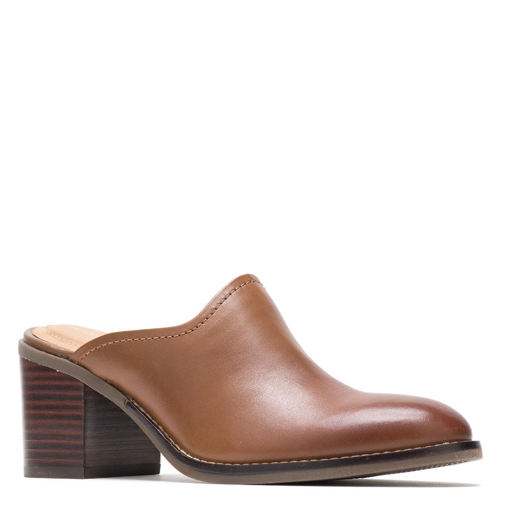 *Step up your casual looks with this elegant and chic slip-on mule *Full-grain leather upper *Slip-on style *Synthetic skeletal lining and genuine leather sock lining *Bounce™ footbed *Molded rubber outsole for traction and durability *2-3/4\\\