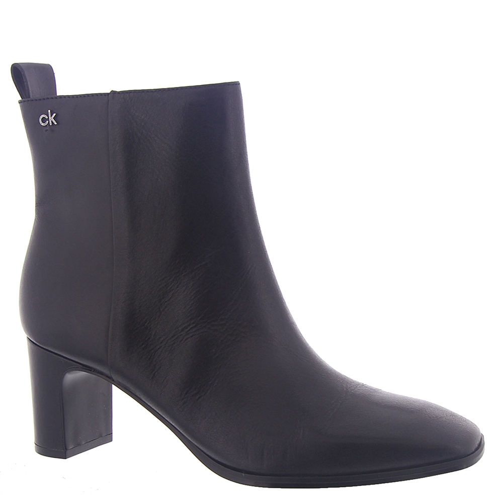 *This chic versatile ankle boot is perfect for the office or out and about *Leather upper with brand logo plaque accent *5\\\