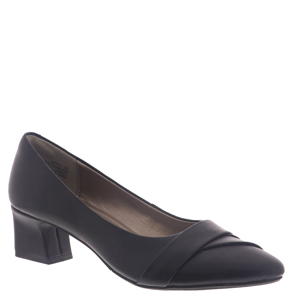*Smooth synthetic upper *Closed pointed toe *Slip-on style *Cushioned footbed *Flexible rubber outsole *1-3/4\\\