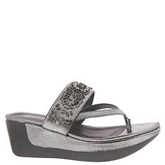 Kenneth Cole Reaction Pepea Cross Glam (Women's)