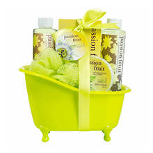 Freida and Joe Green Tub Gift Set in Passion Fruit