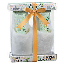 Freida and Joe Bath Spa Slippers Set in White Rose Jasmine