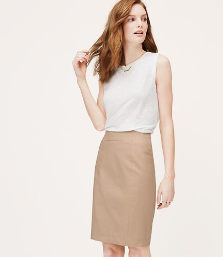 Image of Curvy Fit Doubleweave Pencil Skirt