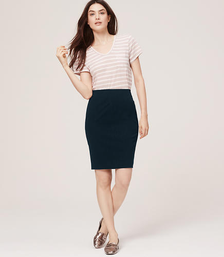 Image of Curvy Fit Custom Stretch Pencil Skirt