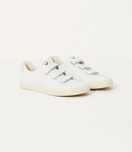Image of Veja Three Lock Pierre Natural Puxador