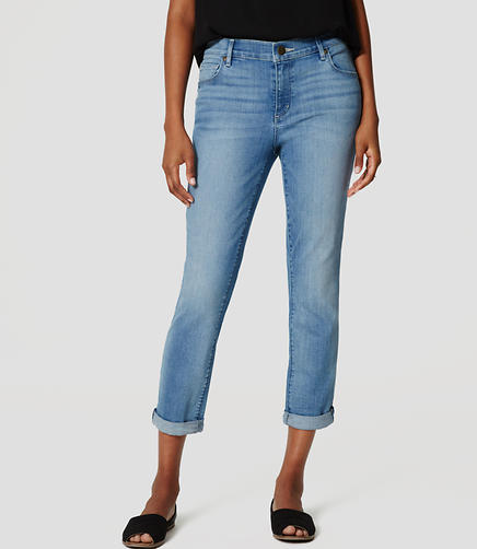 Image of Skinny Crop Jeans in Light Enzyme Wash