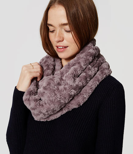 Image of Rosette Faux Fur Popover Scarf