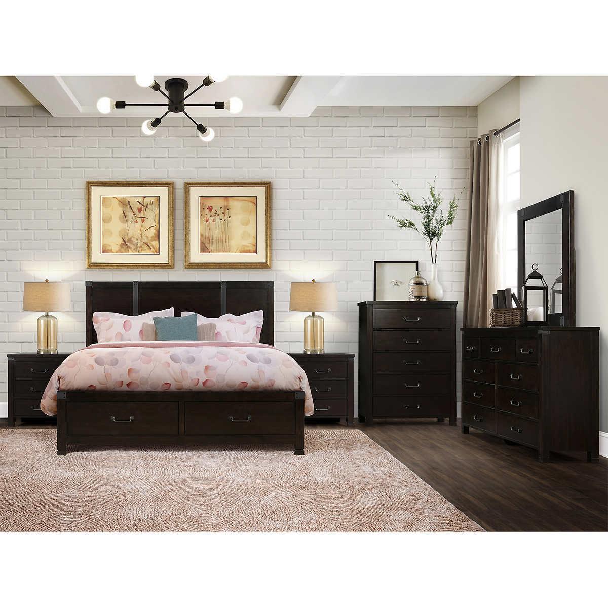 Towns 3-piece King Bedroom Set
