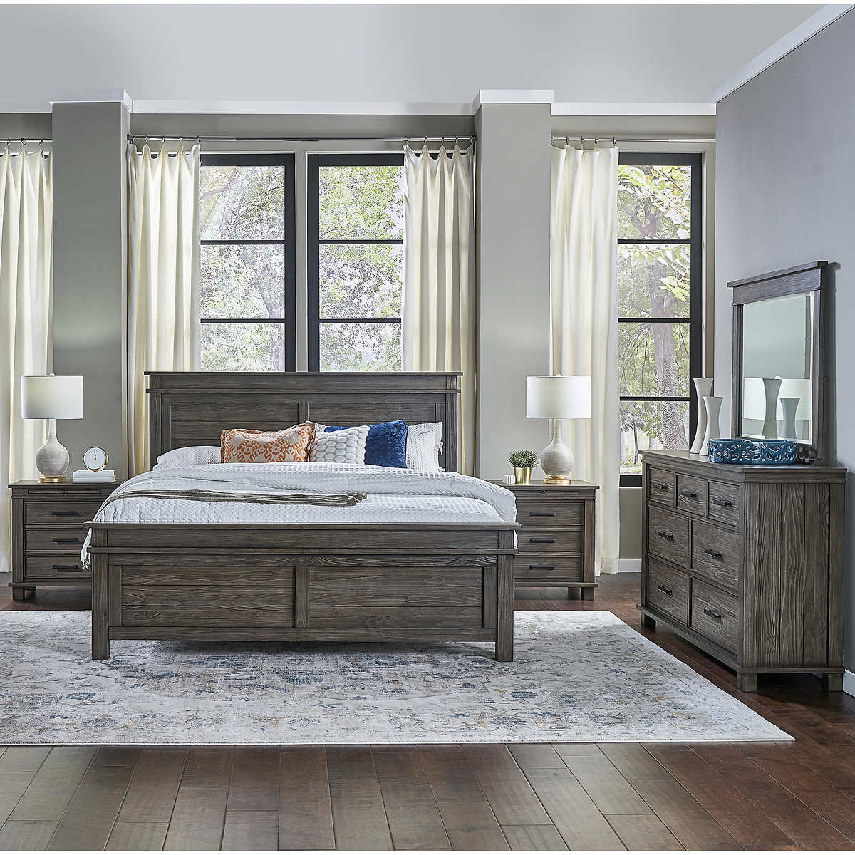 Collins II 9-piece Queen Bedroom Set