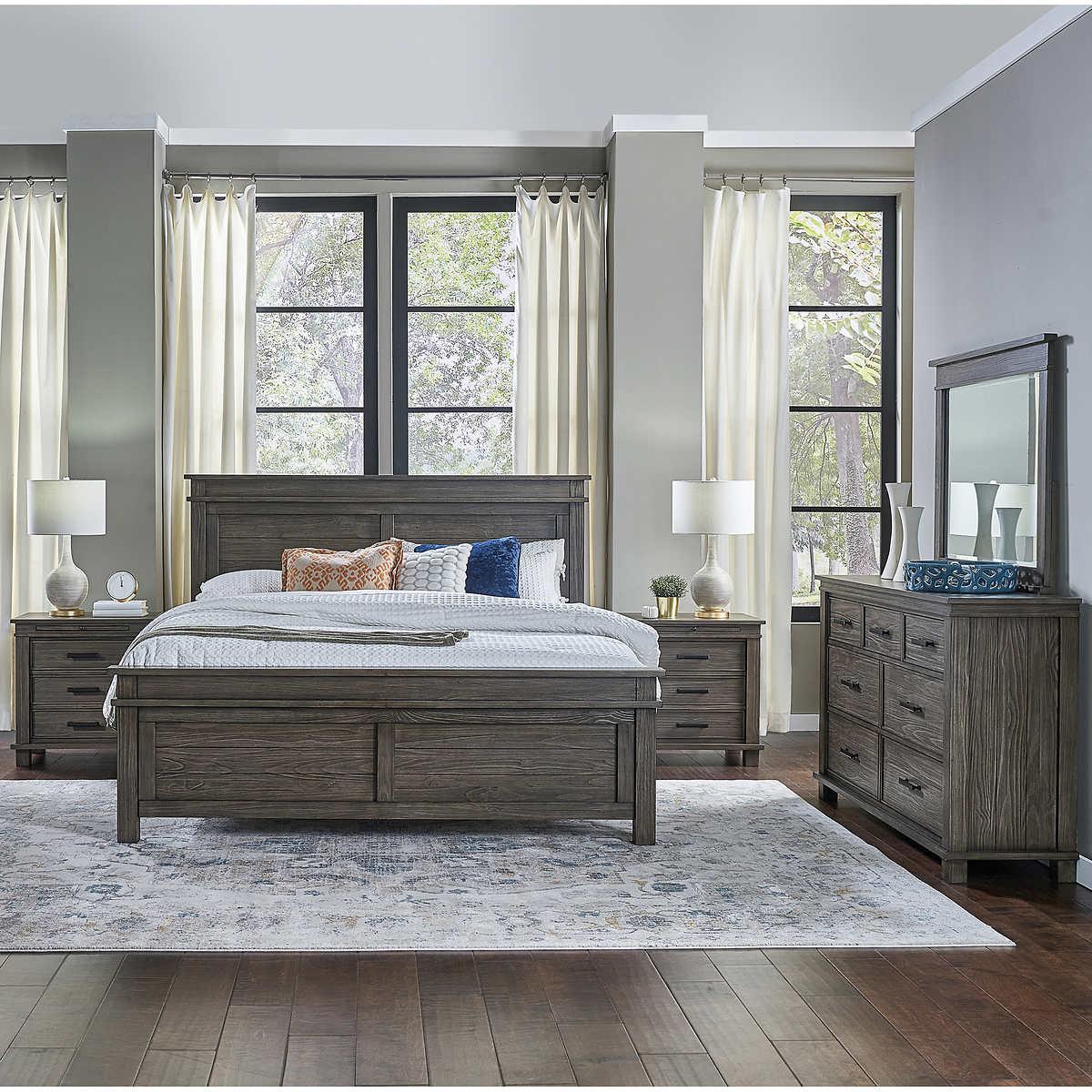 Collins II 9-piece Queen Bedroom Set
