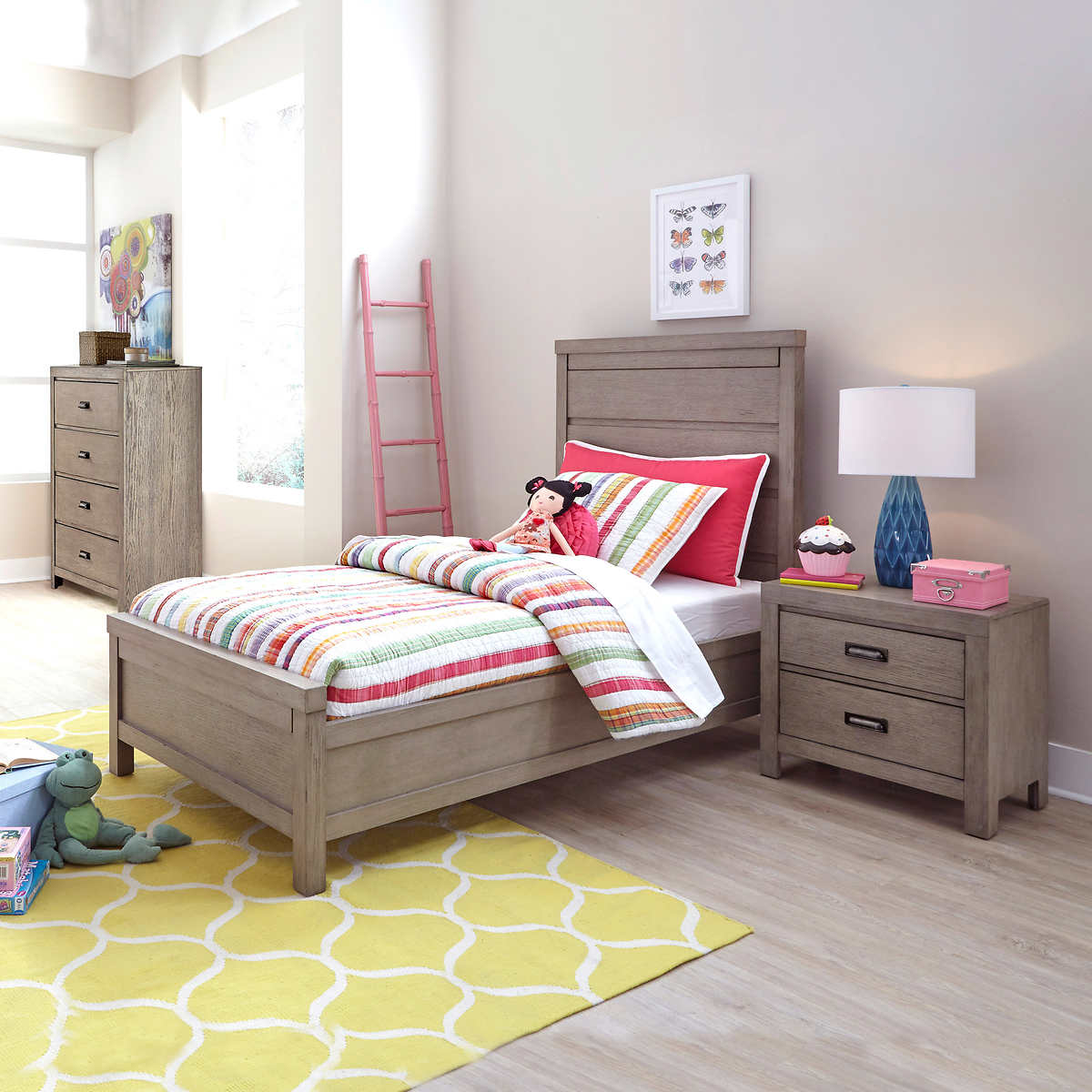 Brynlee 9-piece Twin Bedroom Set with Dresser