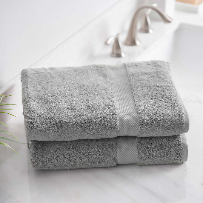 "NEW CHARISMA  30/"" x 58/"" 100/% Cotton  Bath Towels WITH FREE SHIPPING"