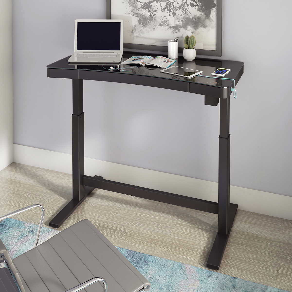 Tresanti 47 Adjustable Height Desk