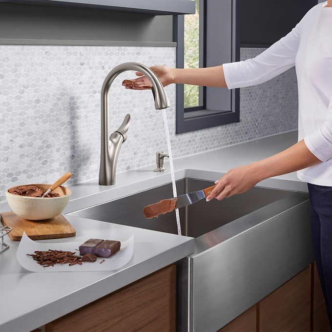 Kohler Transitional Touchless Kitchen Faucet