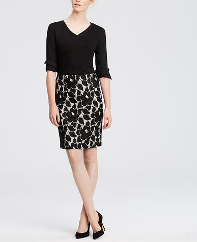 Image of Petite Bonded Lace Pencil Skirt