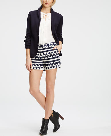 Image of Petite Geo Jacquard City Shorts