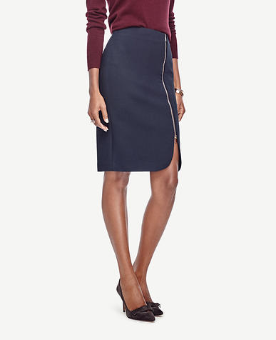 Image of Curvy Side Zip Pencil Skirt