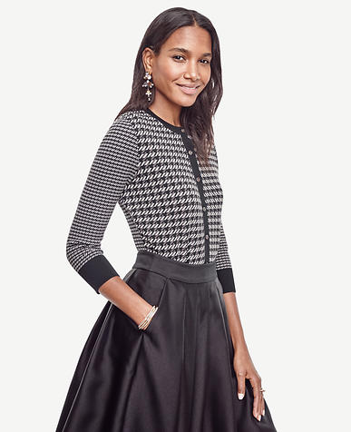 Image of Petite Houndstooth Cropped Ann Cardigan