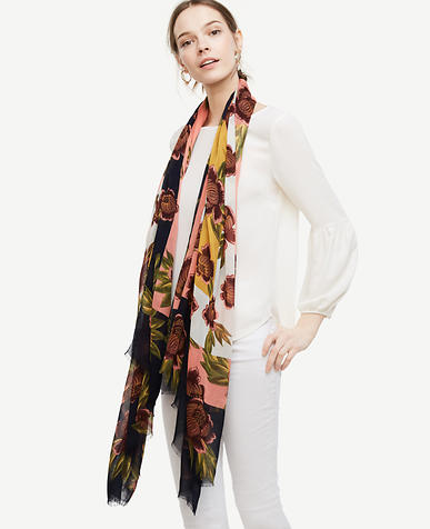 Image of Rose Garden Scarf