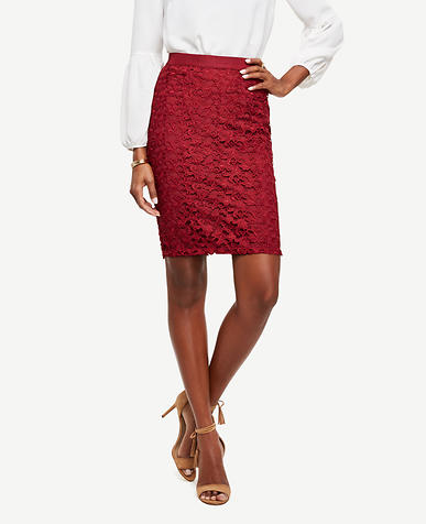 Image of Curvy Lace Pencil Skirt