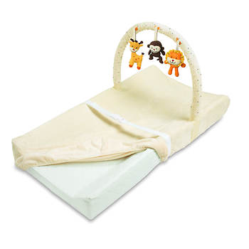 Summer Infant Change Pad with Overhead Toy Bar