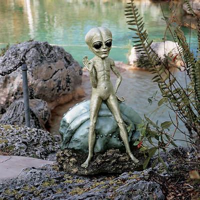 """21 1/2"""" Resin Roswell Alien Garden Statue"""