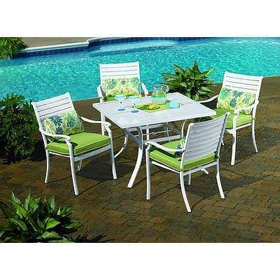 Living Home Outdoors Plantation 5-Piece Dining Set