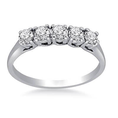 .50 ct. t.w. Round 5-Stone Diamond Band in 14K White Gold