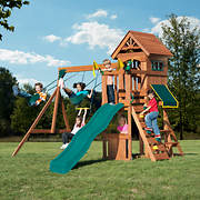 Backyard Play Systems Swing Fort Swing Set