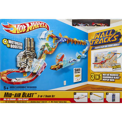 Hot Wheels Wall Tracks Motorized Booster Mid-Air Blast 3-In-1 Track Set
