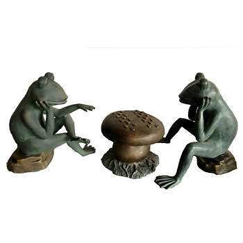 Living Home Cast Aluminum Frogs Playing Checkers Garden Statue